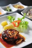 石垣牛のハンバーグきのこソース
